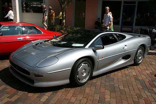 fastest cars Jaguar XJ220