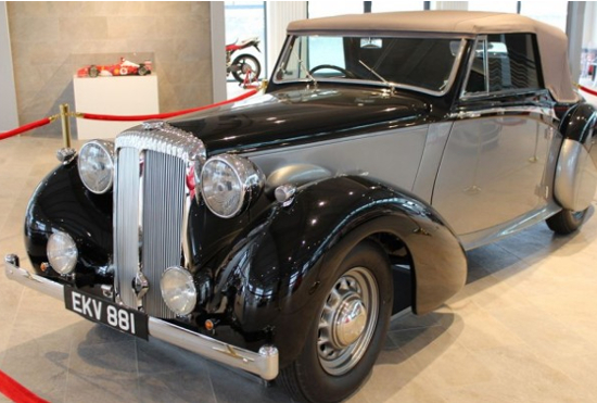 winston churchill auction car
